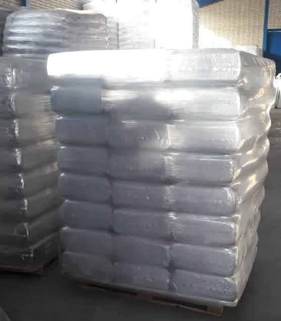 Cross linkable polyethylene
